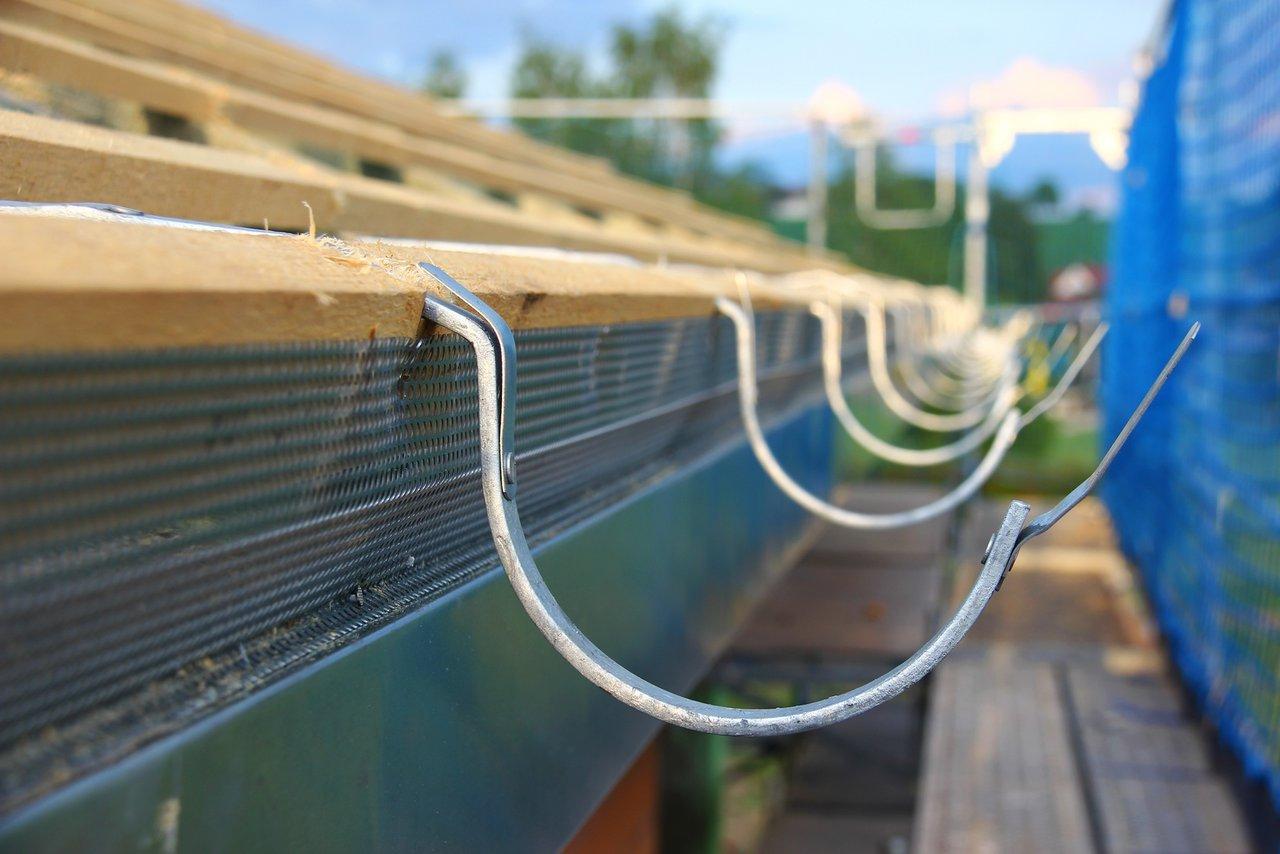 dachrinnen aus metall - eine aufgabe für den blechner - leber